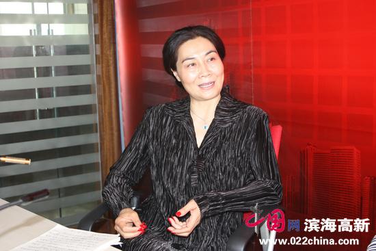 著名画家肖映梅:寄情丹青,有一颗安